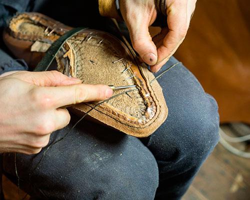 Сшивание ранта, гребня и верха